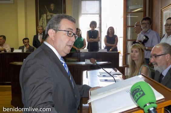 Villajoyosa-Pleno-elección-Alcalde-13-junio-2013-Jeronimo-Lloret-PP